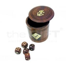 Kockapóker Fából